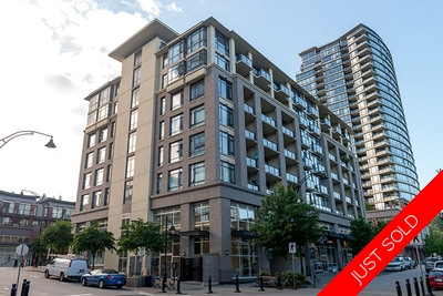 Port Moody Centre Condo for sale: The Room - Suter Brook 1 bedroom 727 sq.ft. (Listed 2014-07-07)